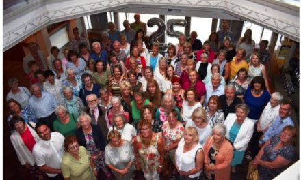 Voluntary stewards celebrate 25 years of aiding theatre audiences