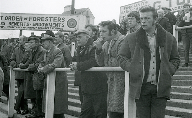 Spectator sports! Newly digitised photos shed further light on Norfolk's rich history