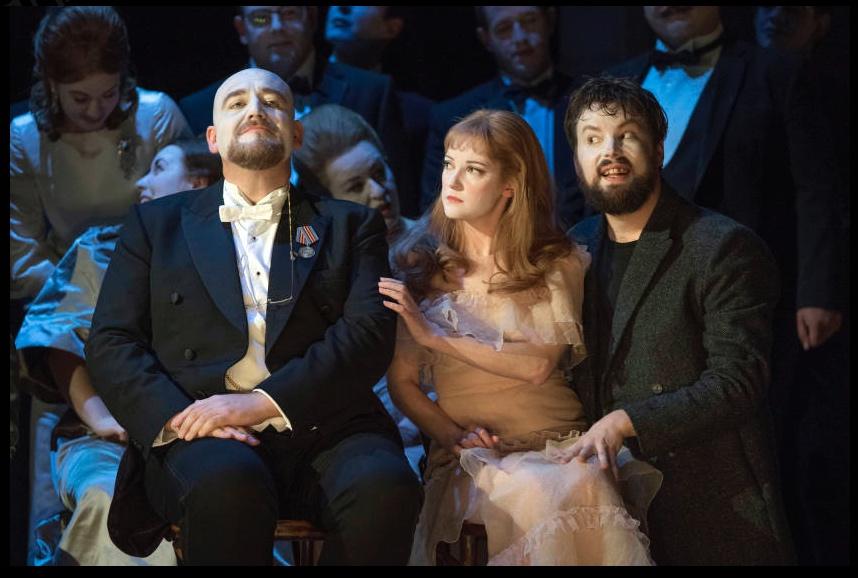 Norwich Eye reviews Glyndebourne's Hamlet