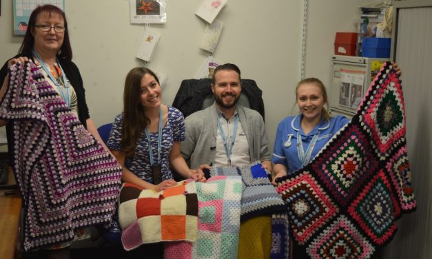 Community joins together to knit lap blankets for NNUH patients
