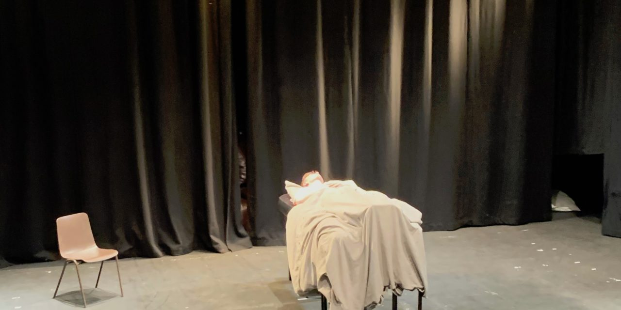 Norwich Eye reviews The Footmonster and Narration by Cruyff Turn Theatre Company