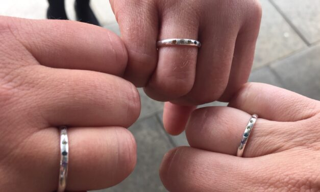 Nurse turns ring designer and boosts hospital charity